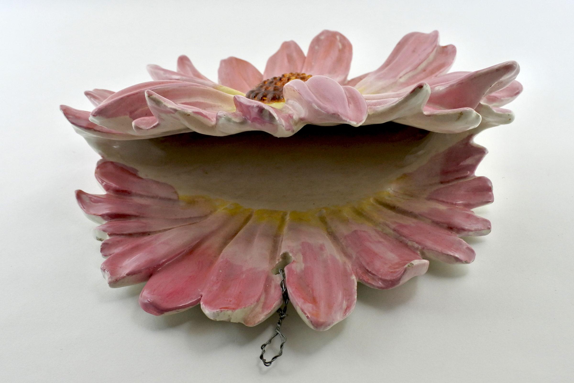 Portafiori da muro Massier in ceramica barbotine a forma di fiore - 2