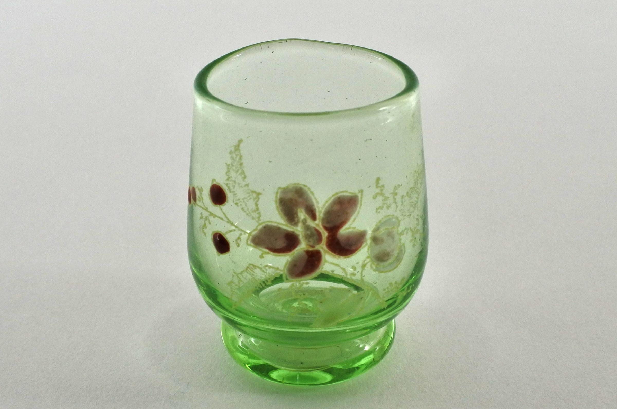 Bicchierino in vetro soffiato e smalti – Altezza 4,6 cm
