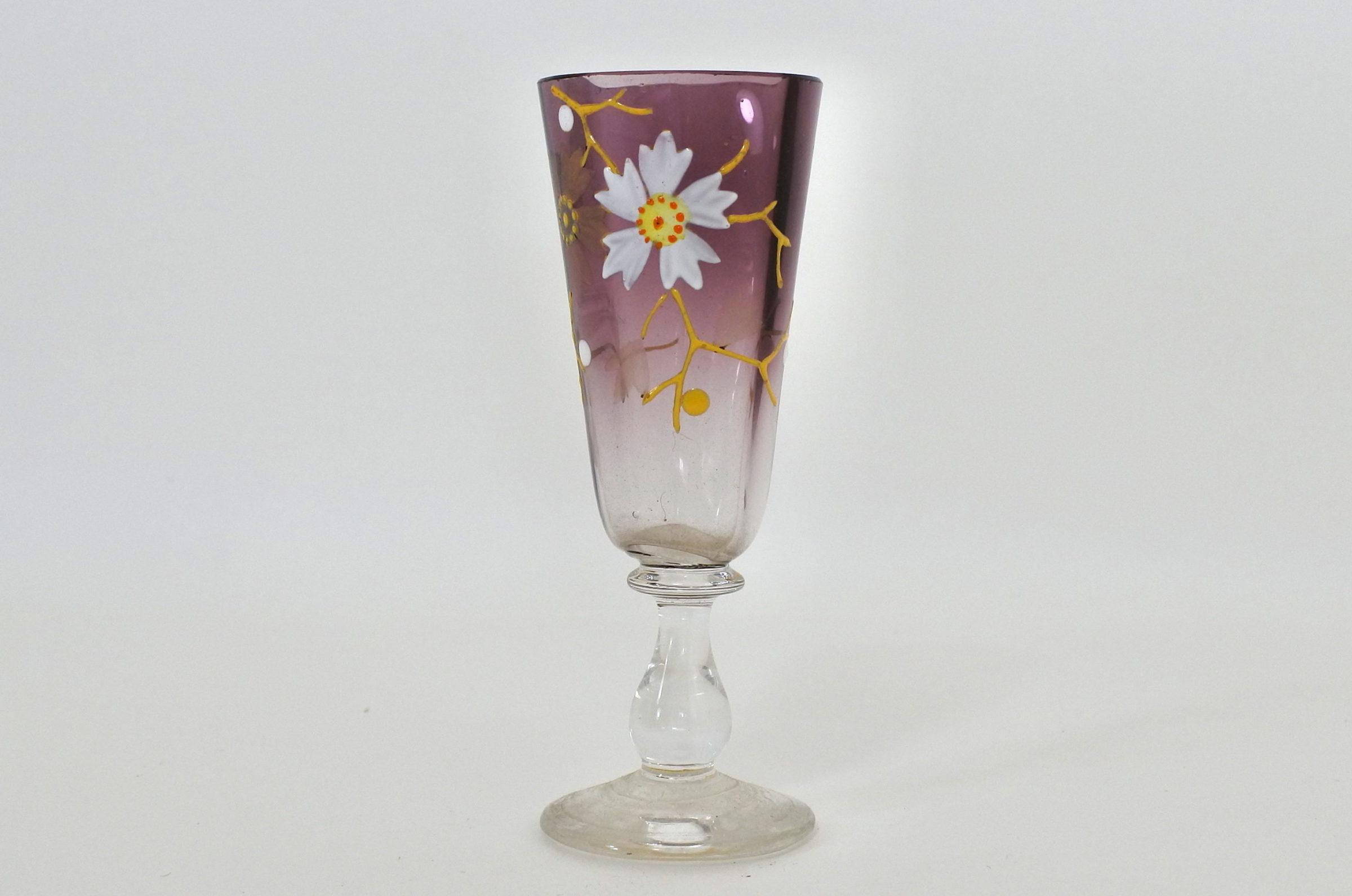 Bicchierino in vetro soffiato e smalti - Altezza 9,5 cm