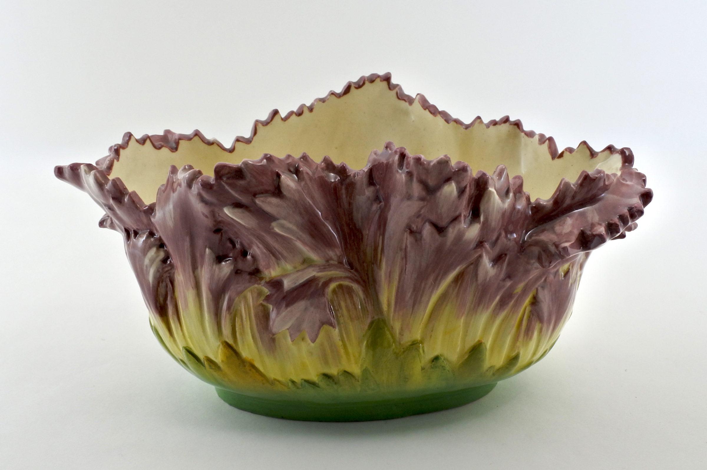 Jardinière Massier in ceramica barbotine con fiori