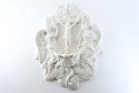 Acquasantiera in ceramica bianca del XIX° secolo