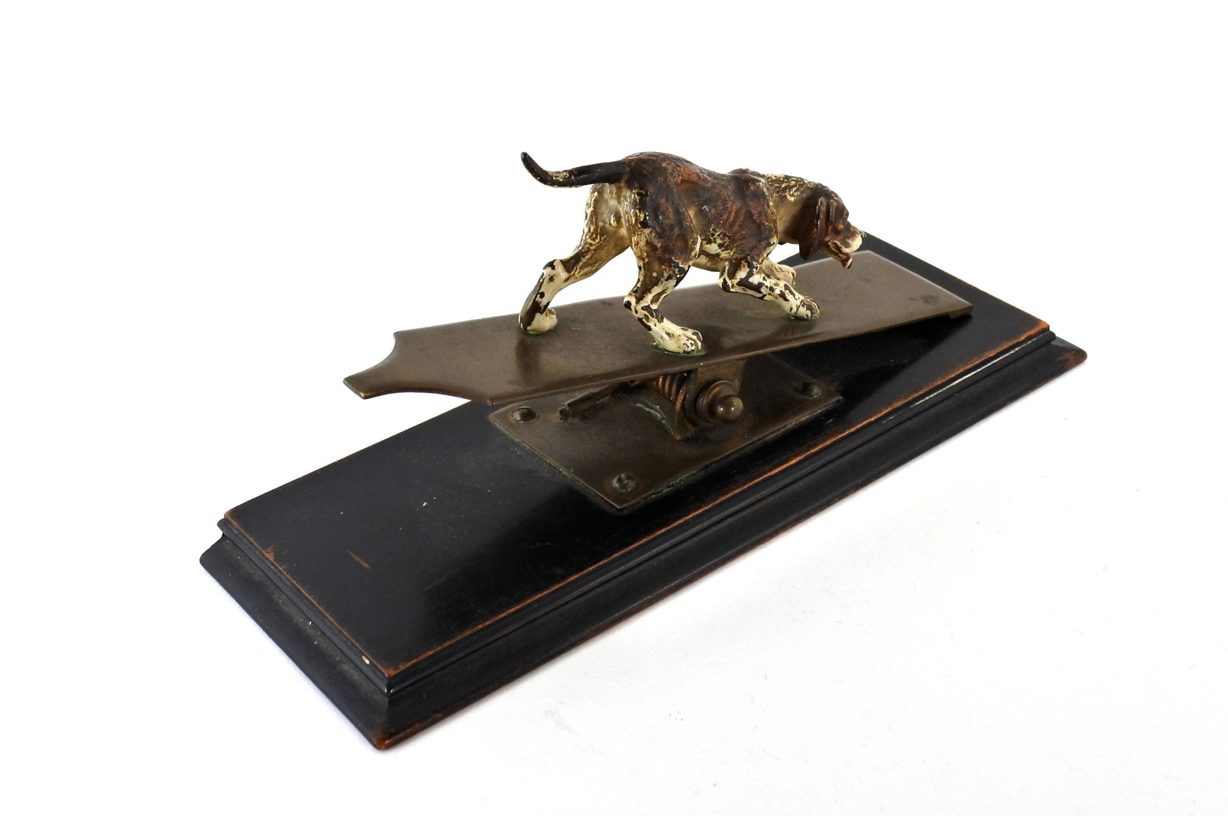 Bronzo di Vienna - Pinza fogli con cane - 2