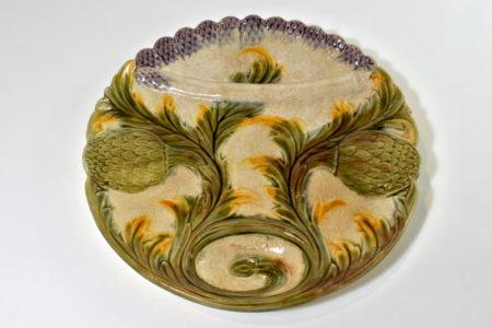 Piatto in ceramica barbotine per asparagi e carciofi - Lunéville Keller et Guérin