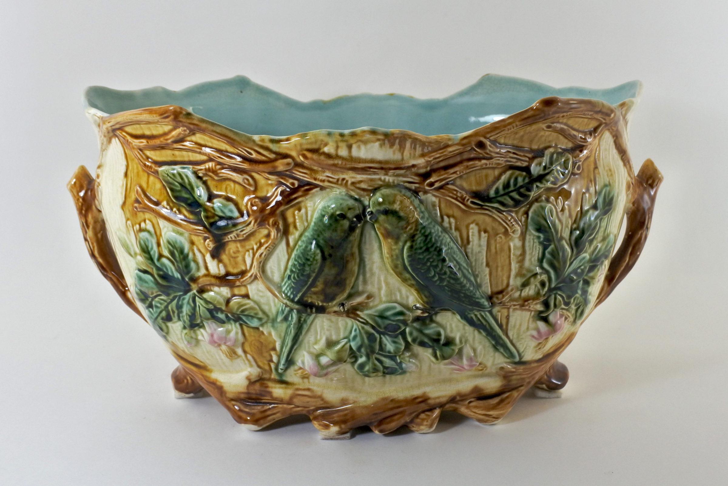 Jardinière Onnaing n° 350 in ceramica barbotine con ...