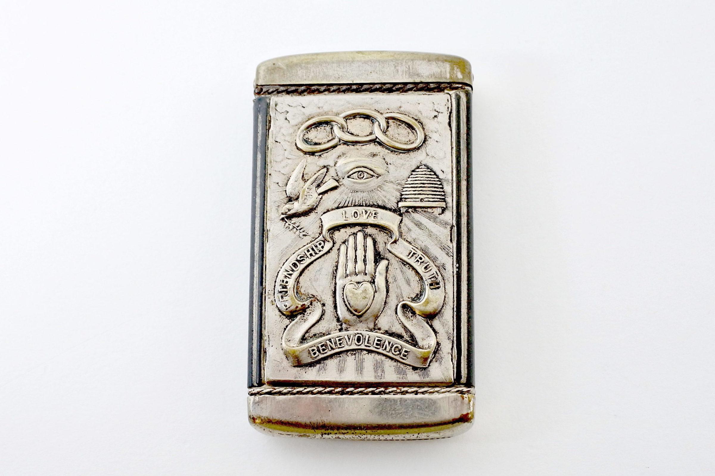 Portafiammiferi massonico in metallo argentato - Altezza 7 cm - 2