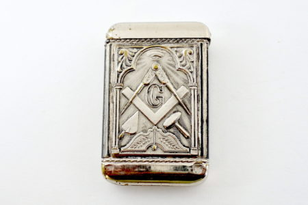 Portafiammiferi massonico in metallo argentato - Altezza 5,8 cm