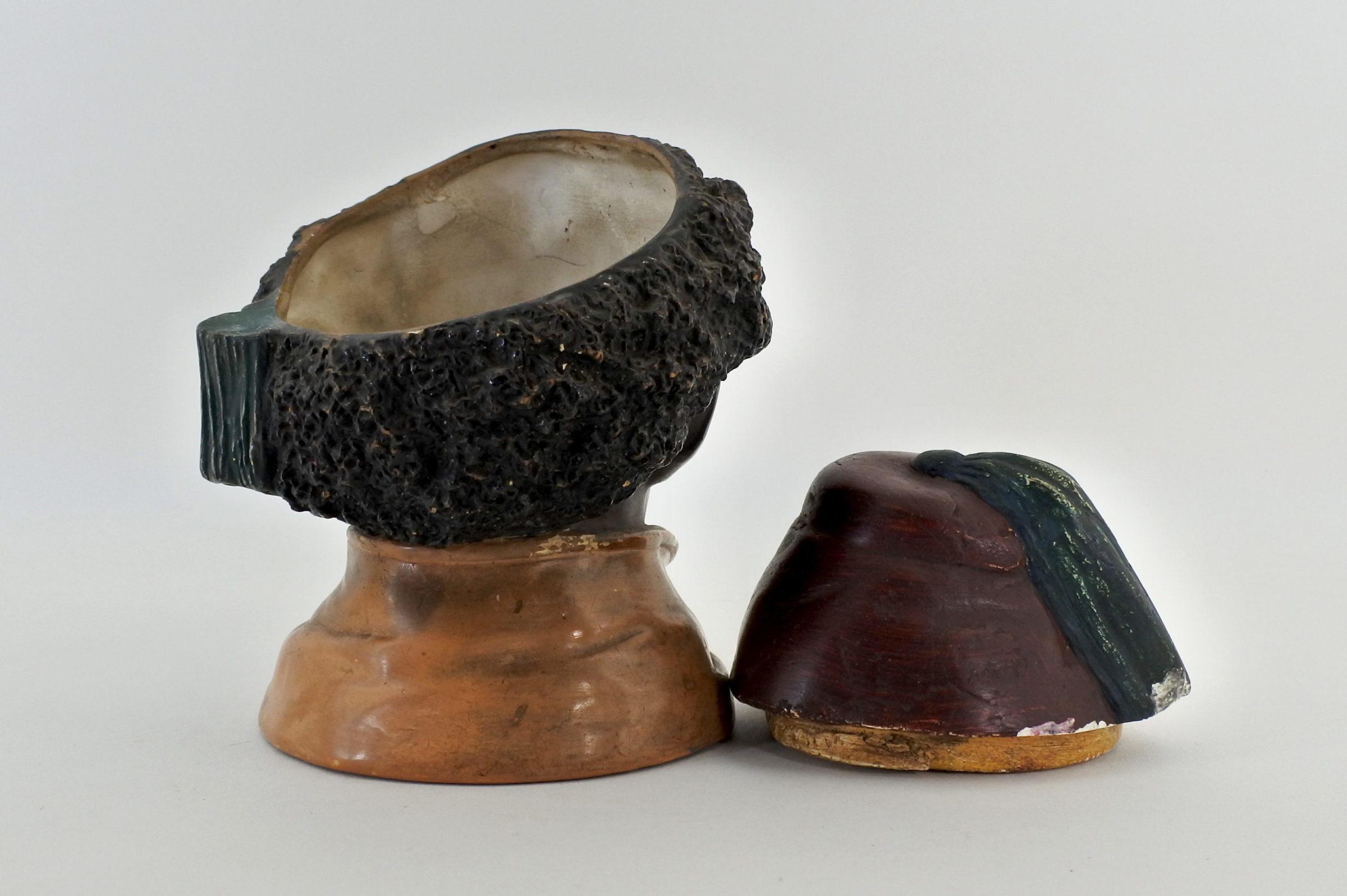 Portatabacco in ceramica rappresentante negretto con fez - 5