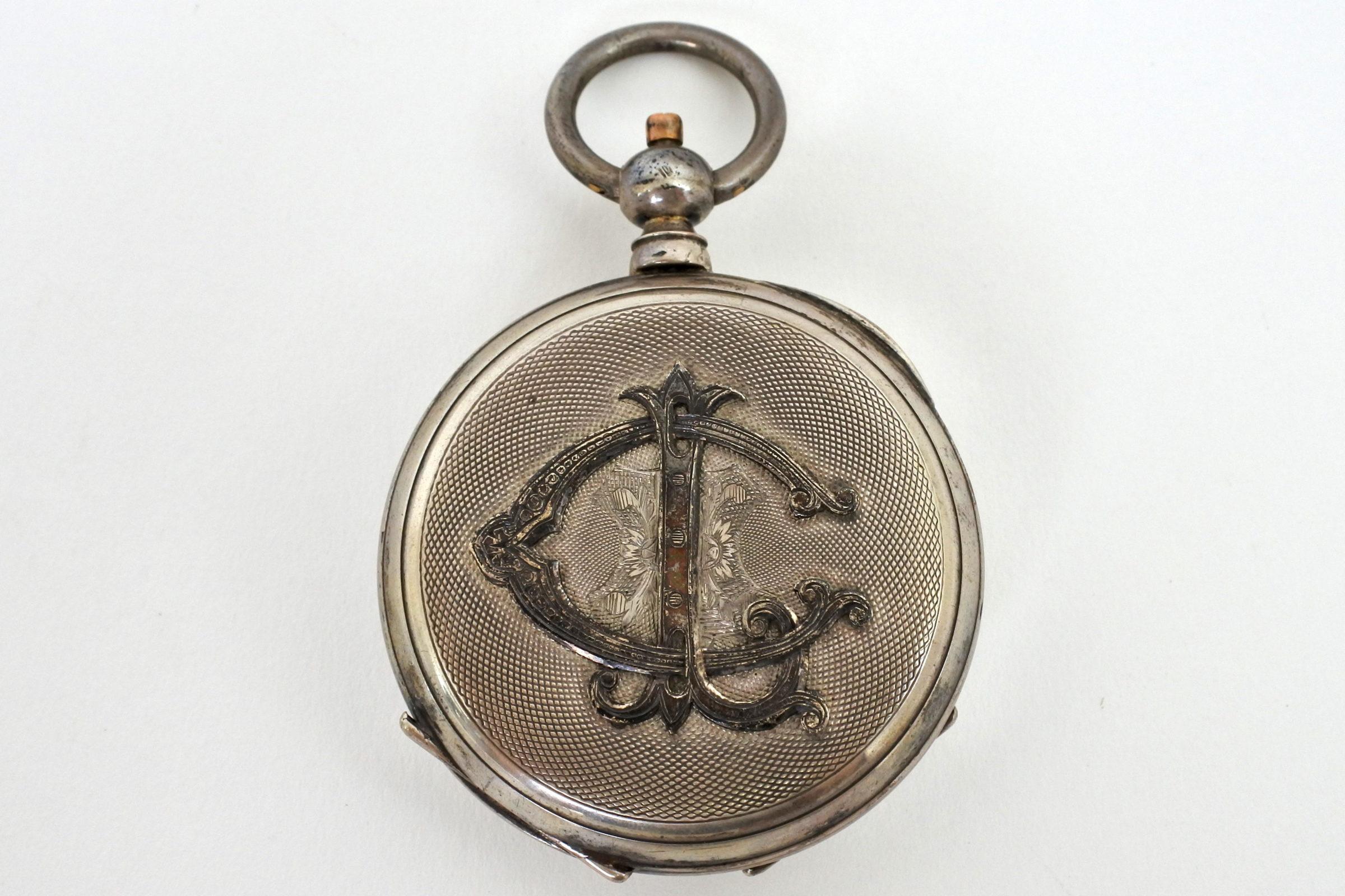 Orologio da tasca in argento con carica a chiavetta. Diametro cassa 55 mm - 5