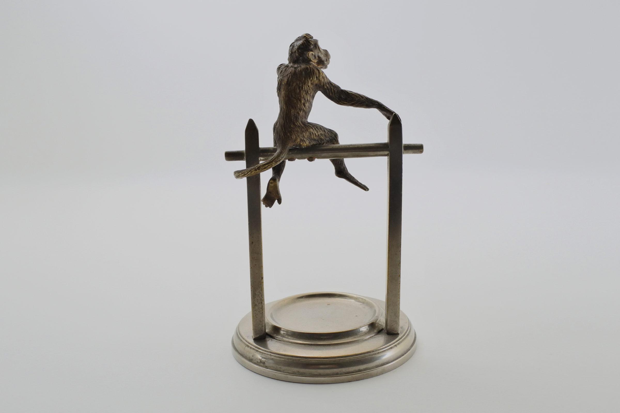 Portaorologi con scimmia in bronzo di Vienna su supporto in ottone cromato - 3