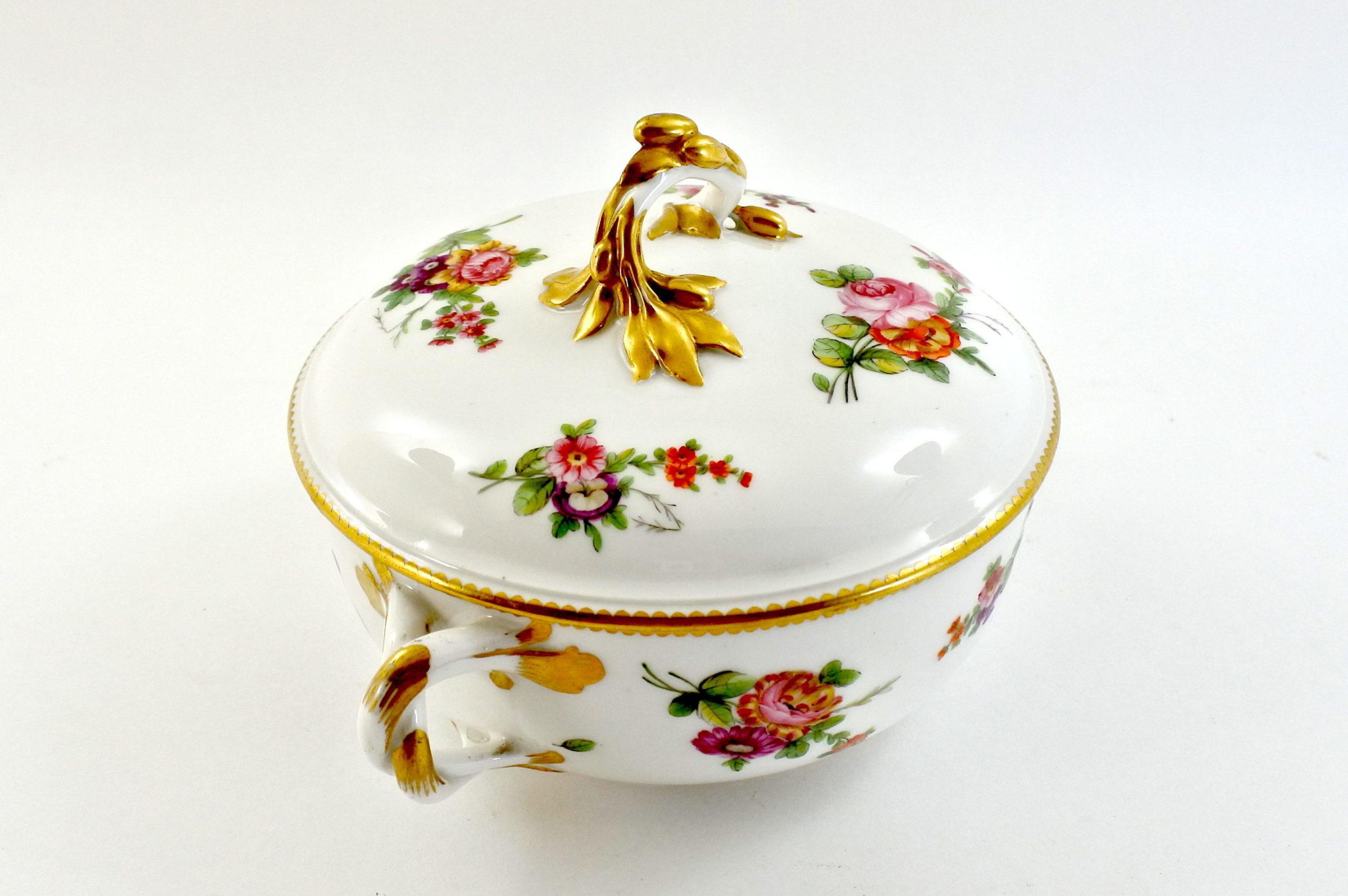 Zuppiera da puerpera in porcellana di Sèvres - 2