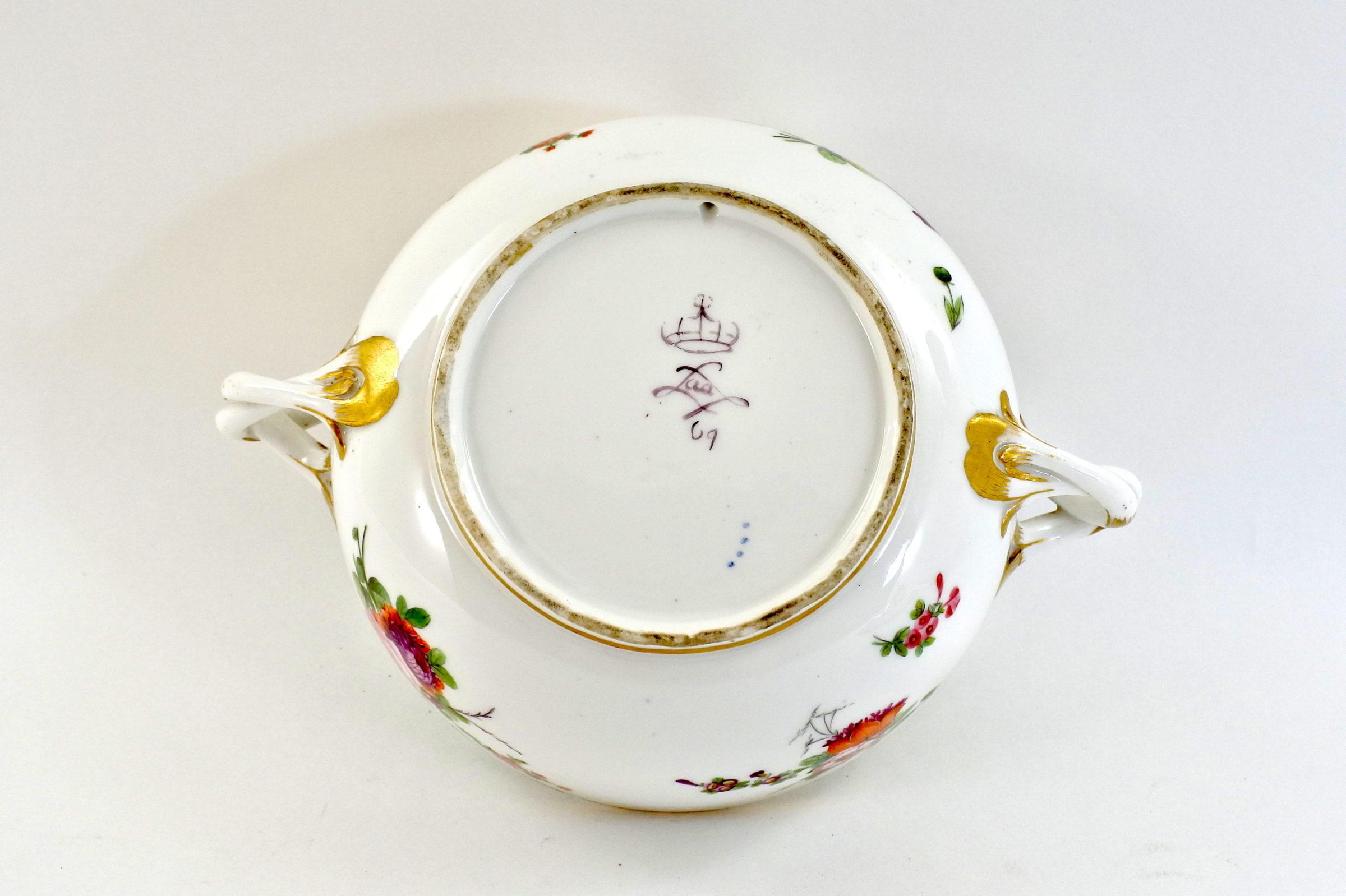 Zuppiera da puerpera in porcellana di Sèvres - 4