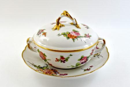 Zuppiera da puerpera in porcellana di Sèvres