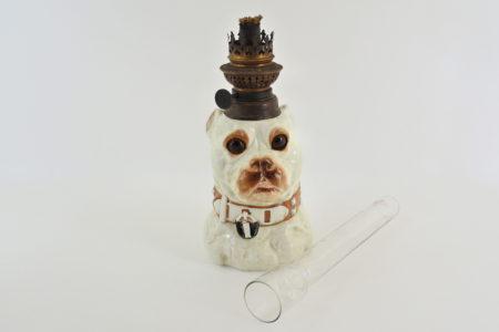 Lume a petrolio in ceramica barbotine a forma di cane bulldog