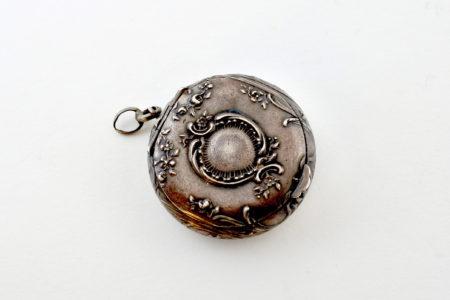 Portacipria in argento e vermeil con specchietto interno
