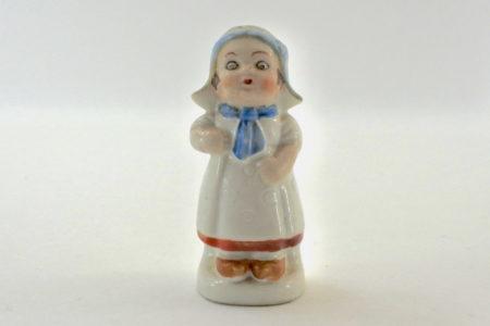 Portasale in ceramica a forma di olandesina