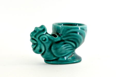 Portauovo in ceramica verde a forma di gallo