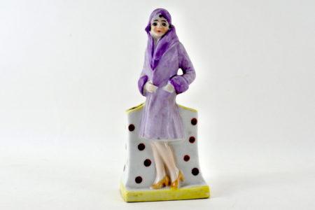 Statuina decò in ceramica con donna e contenitore