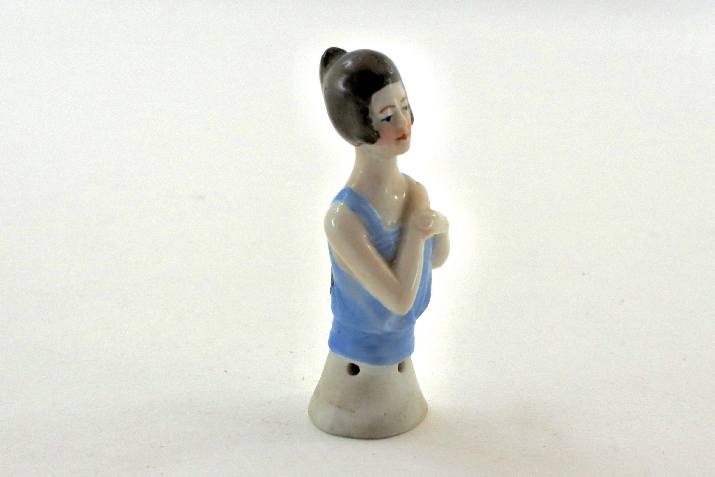 Statuina in ceramica rappresentante mezzo busto di donna - demi poupée - 3