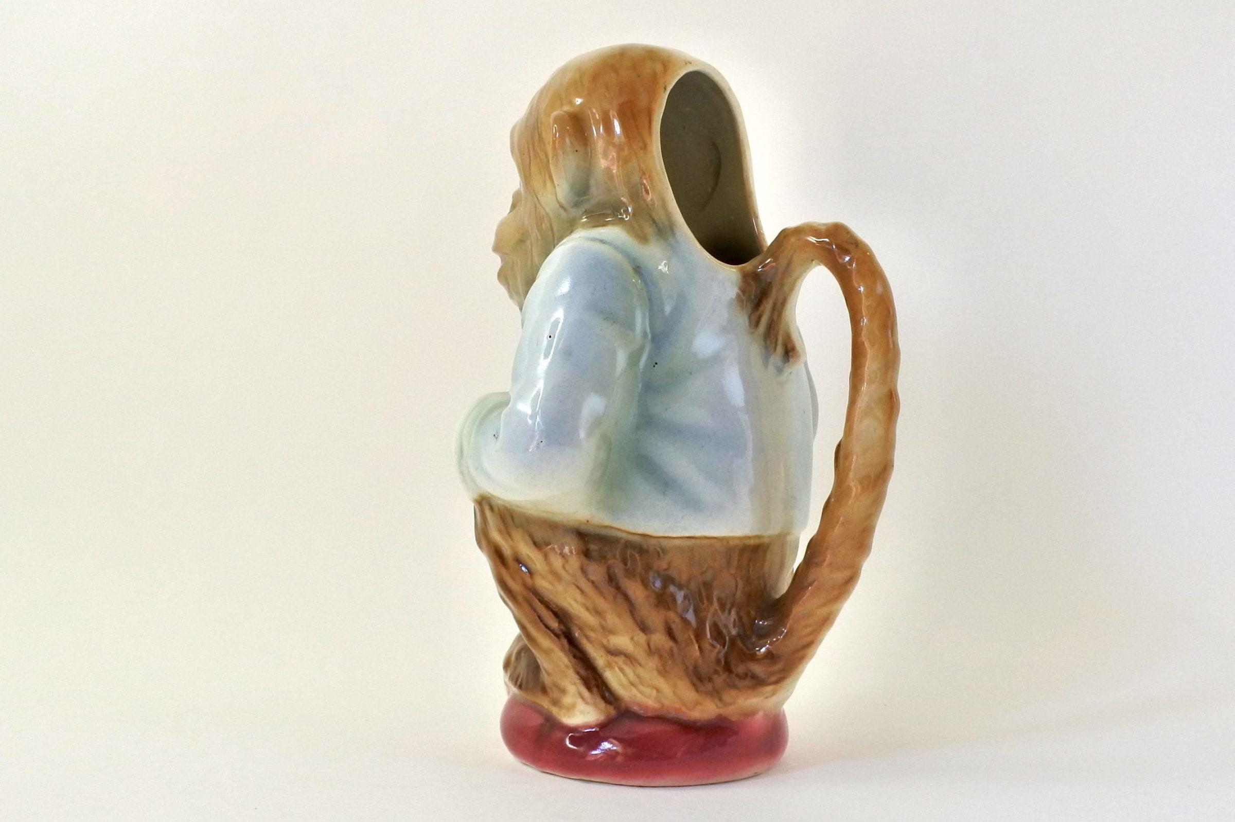 Brocca in ceramica barbotine con forma di scimmia - Saint Clément n° 435 - 2