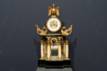 Orologio da tavolo Austriaco in legno e alabastro