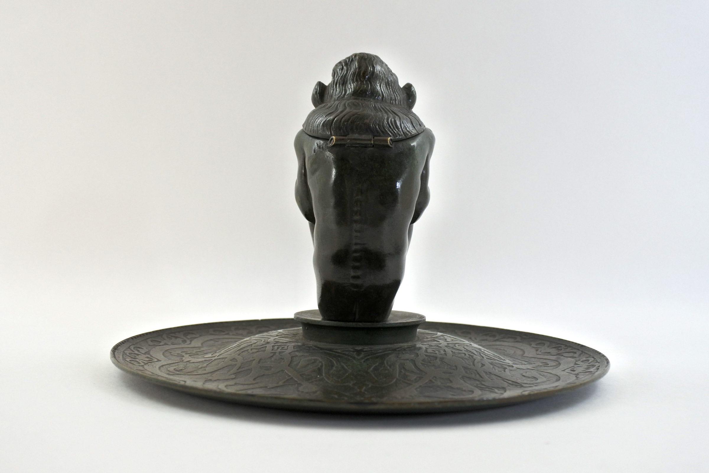 Calamaio in bronzo con presunto bafometto - 3