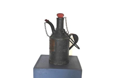 Contenitore con versatoio in metallo verniciato per lubrificazione - marcato F.S
