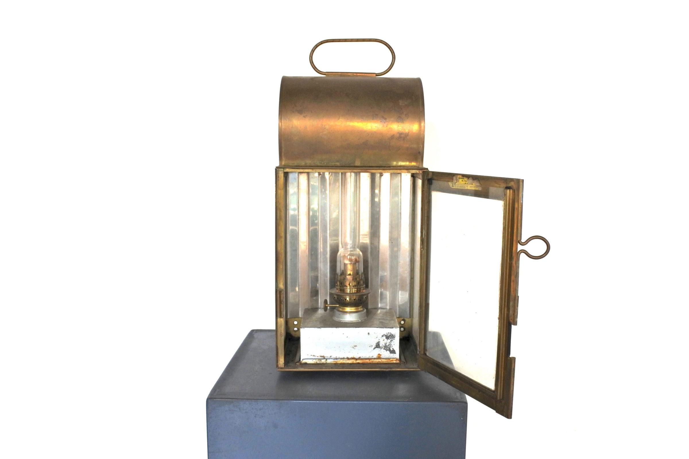 Lanterna in ottone con alimentazione a petrolio - 3