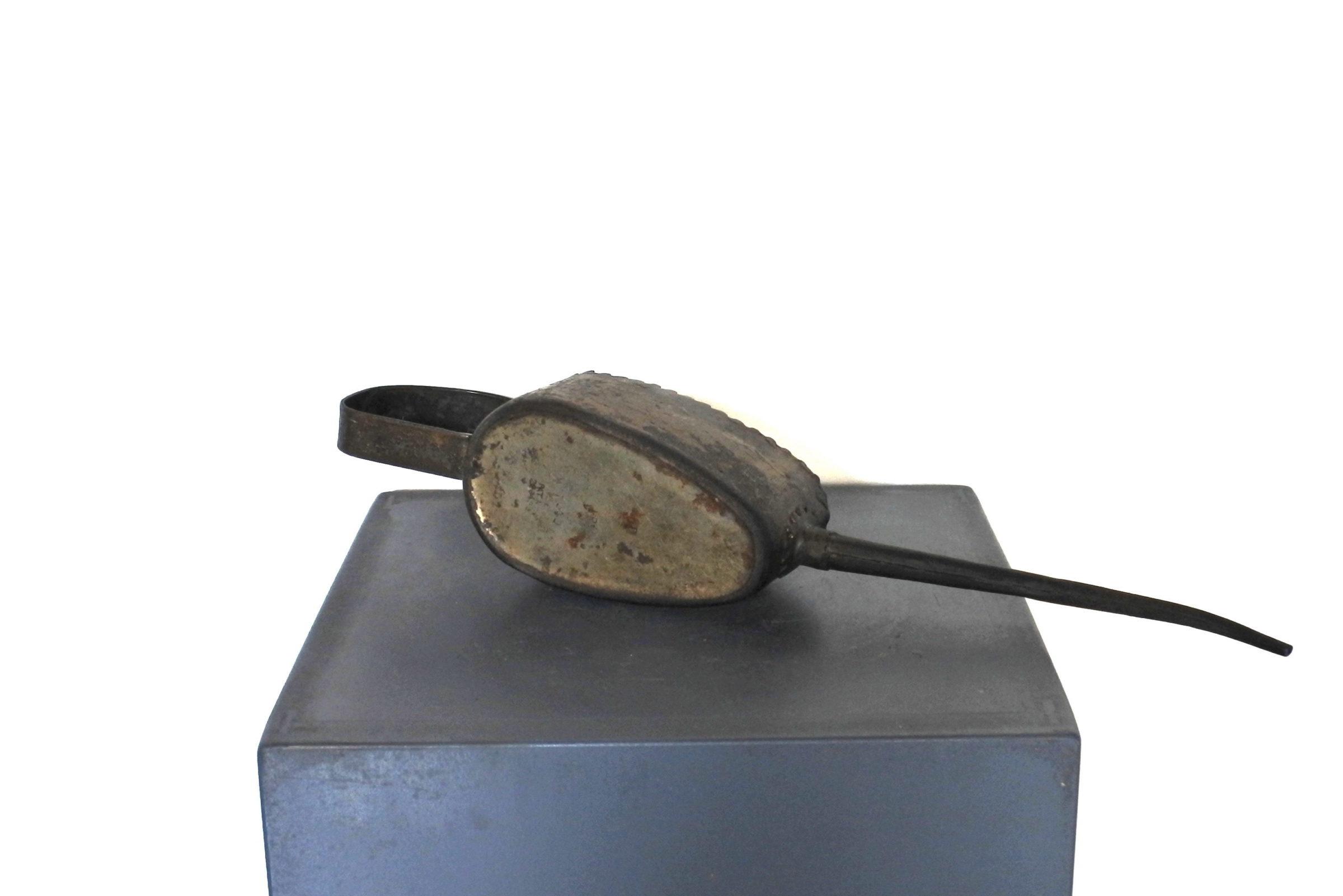 Oliatore in metallo - Kaye's patent n° 228439 - 2