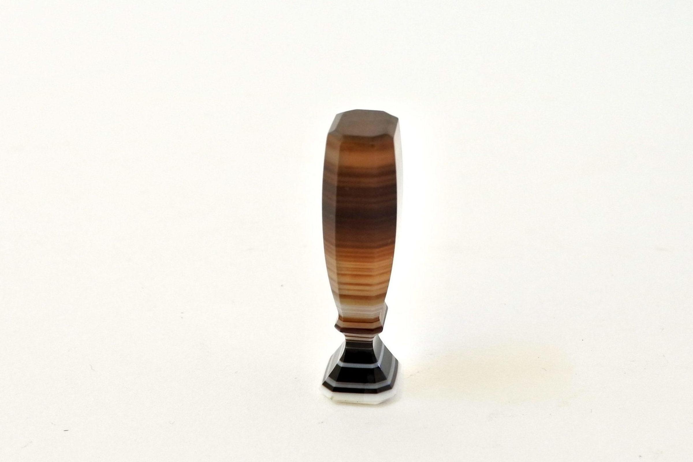 Piccolo sigillo in pietra dura con tipario da incidere - 4