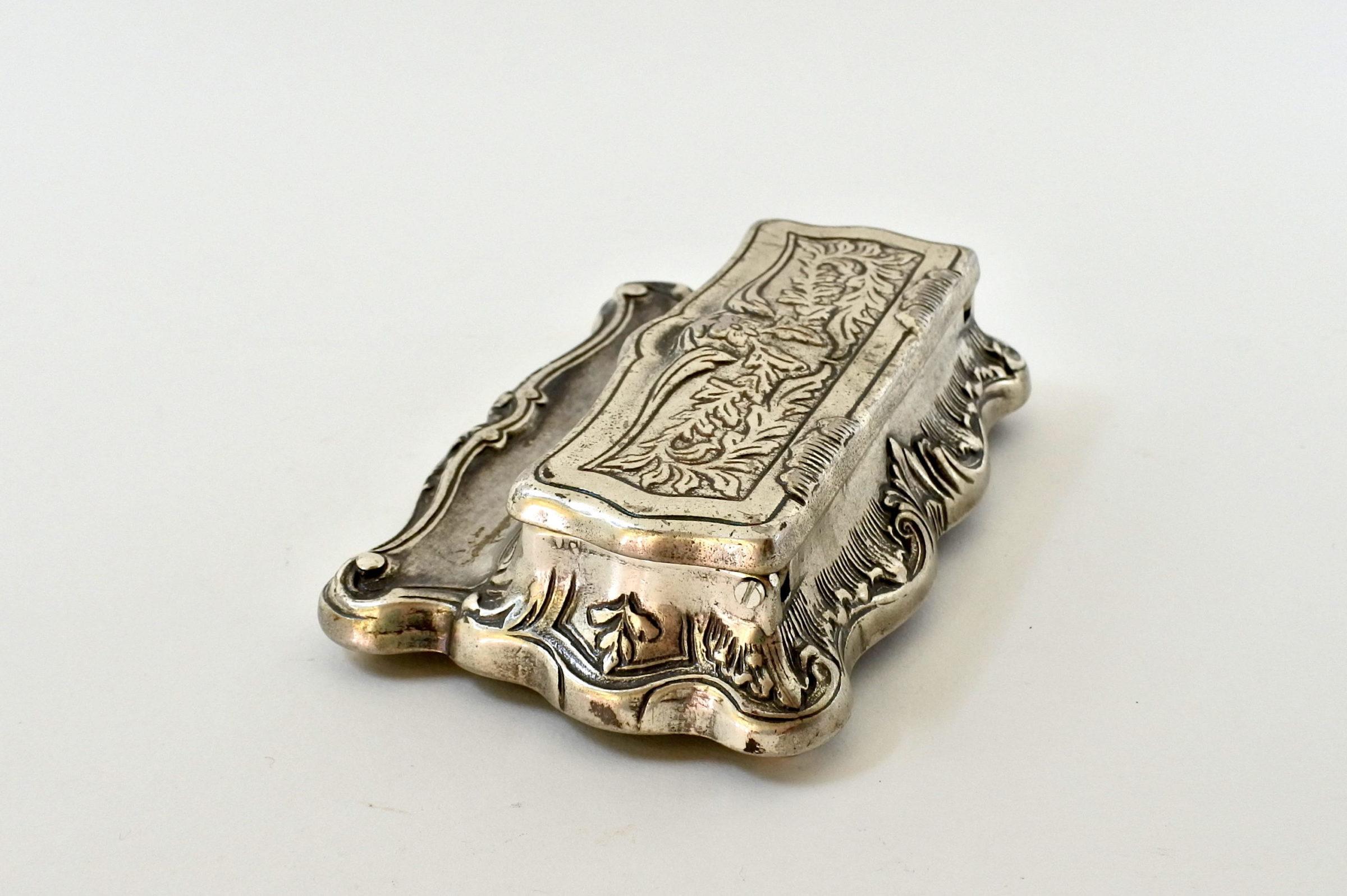 Portafrancobolli in metallo argentato - 3