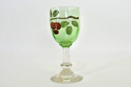 Bicchierino a calice in vetro soffiato verde e bianco con decoro di ciliegie