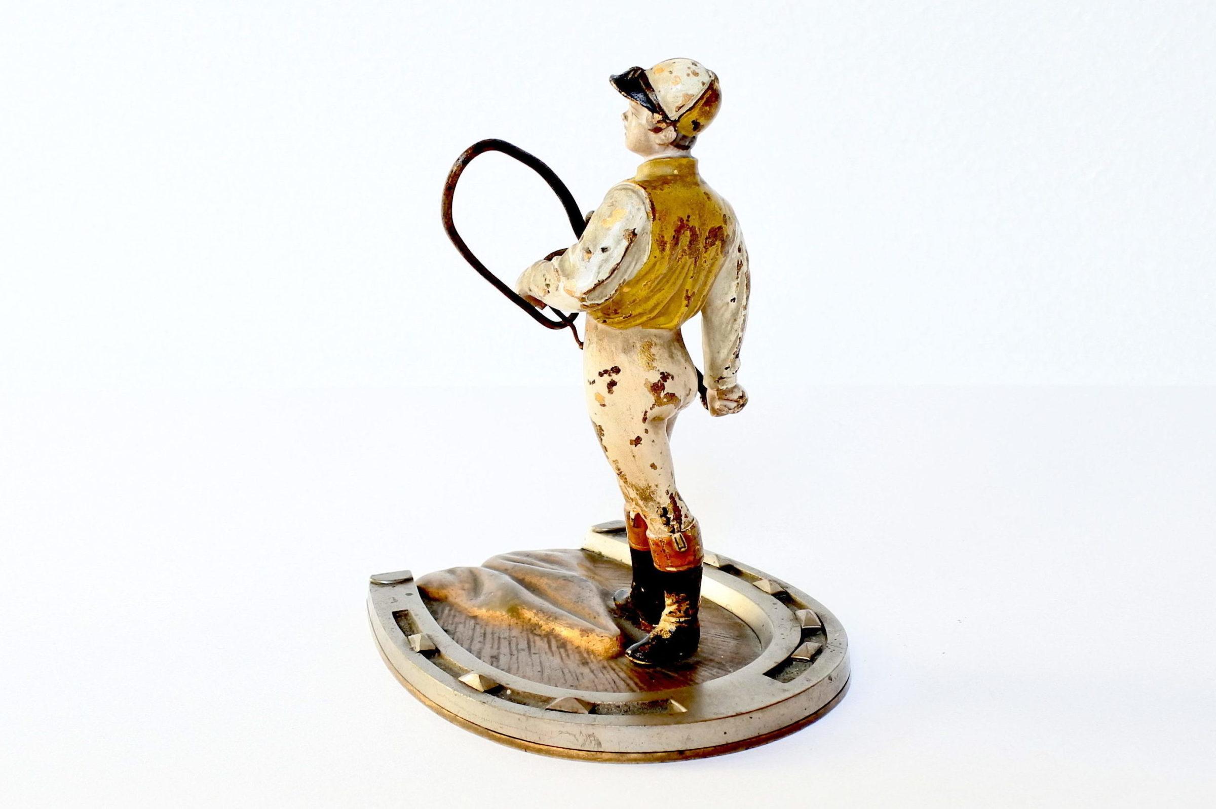 Bronzo di Vienna a forma di fantino con frustino - 2