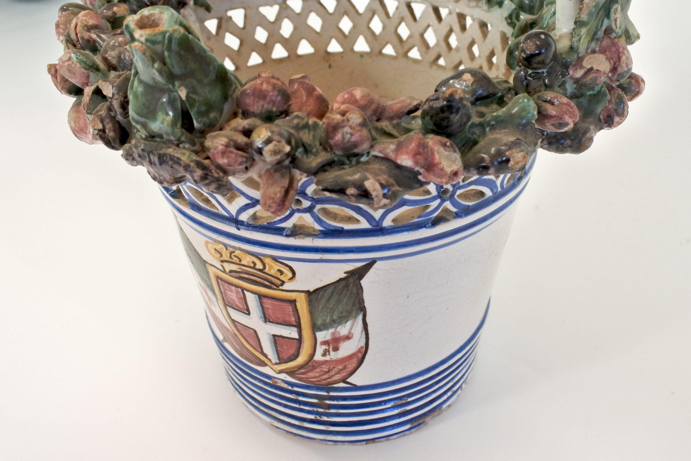 Cestino in ceramica decorato con stemma Sabaudo - 7