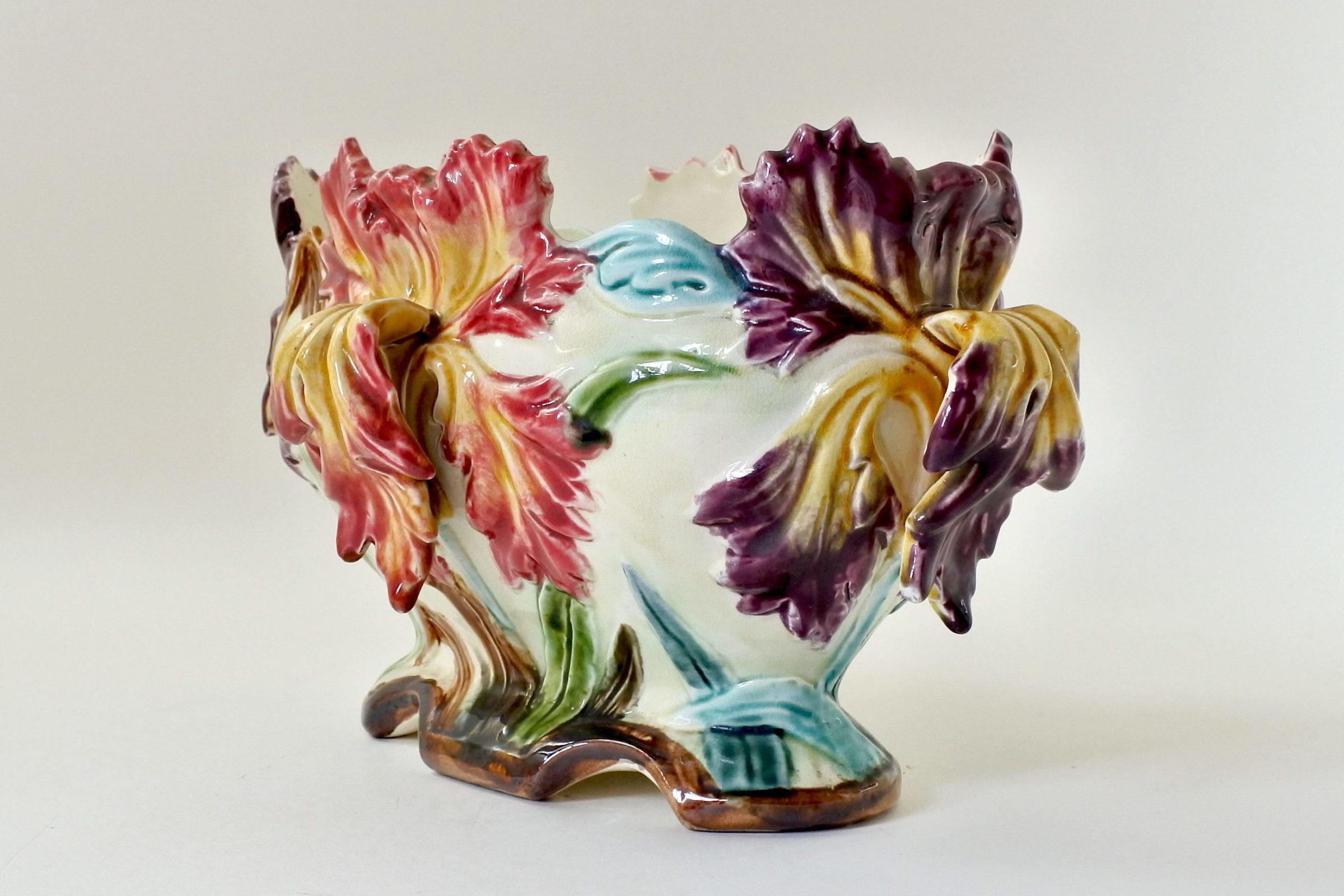 Jardinière Onnaing in ceramica barbotine con iris - 4