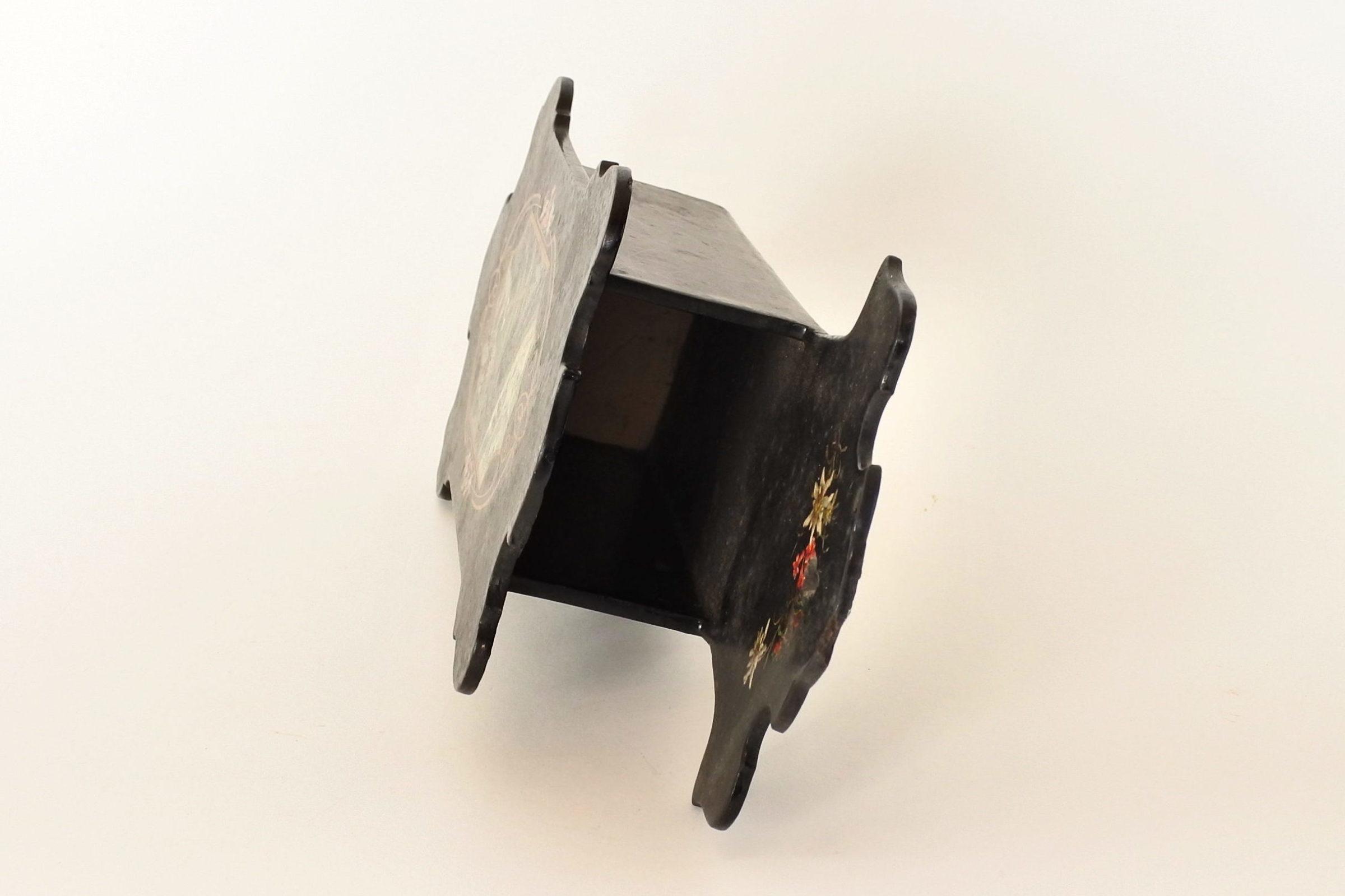 Portaspazzola in papier mache con paesaggio montano - 4