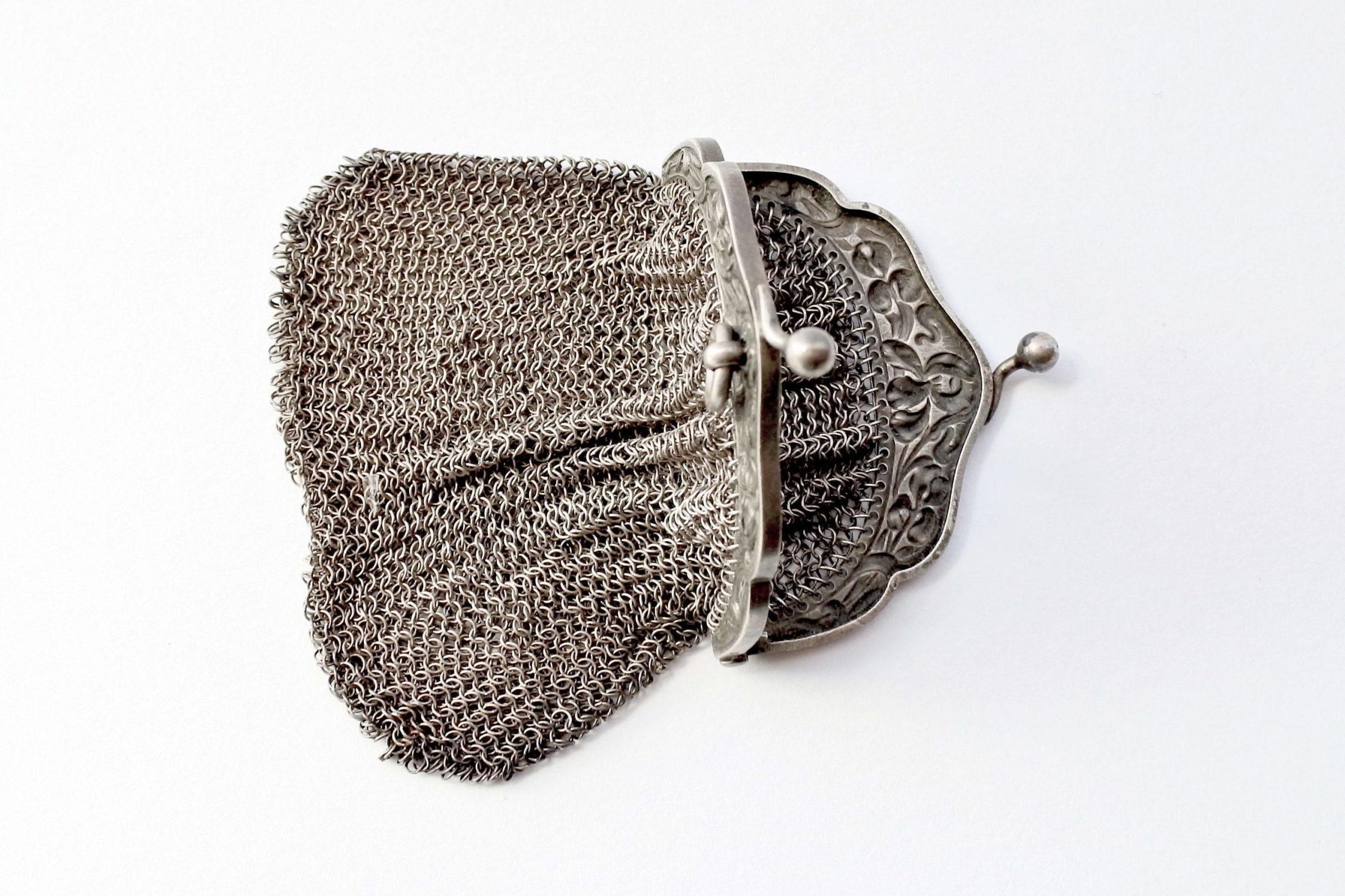 Borsellino in maglia d'argento - chiusura con decoro liberty - 4