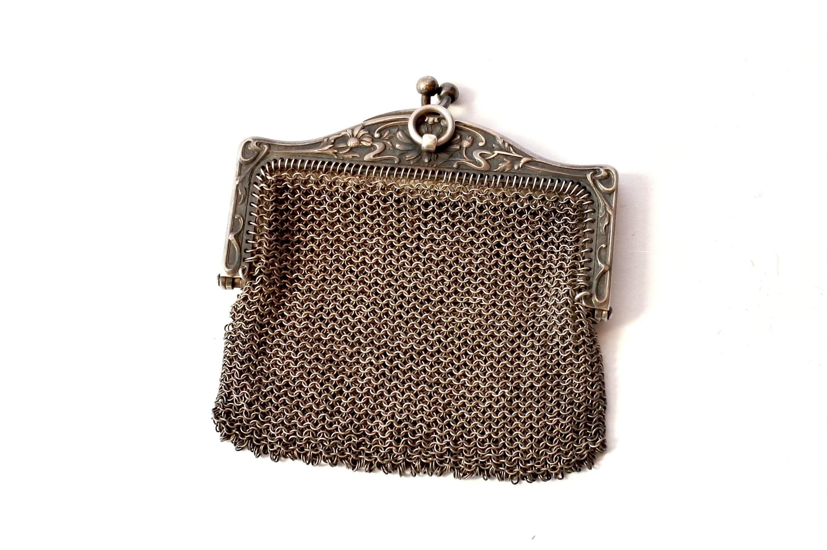 Borsellino in maglia d'argento con doppio borsellino interno