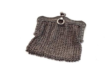 Borsellino in maglia d'argento con separatore vano interno