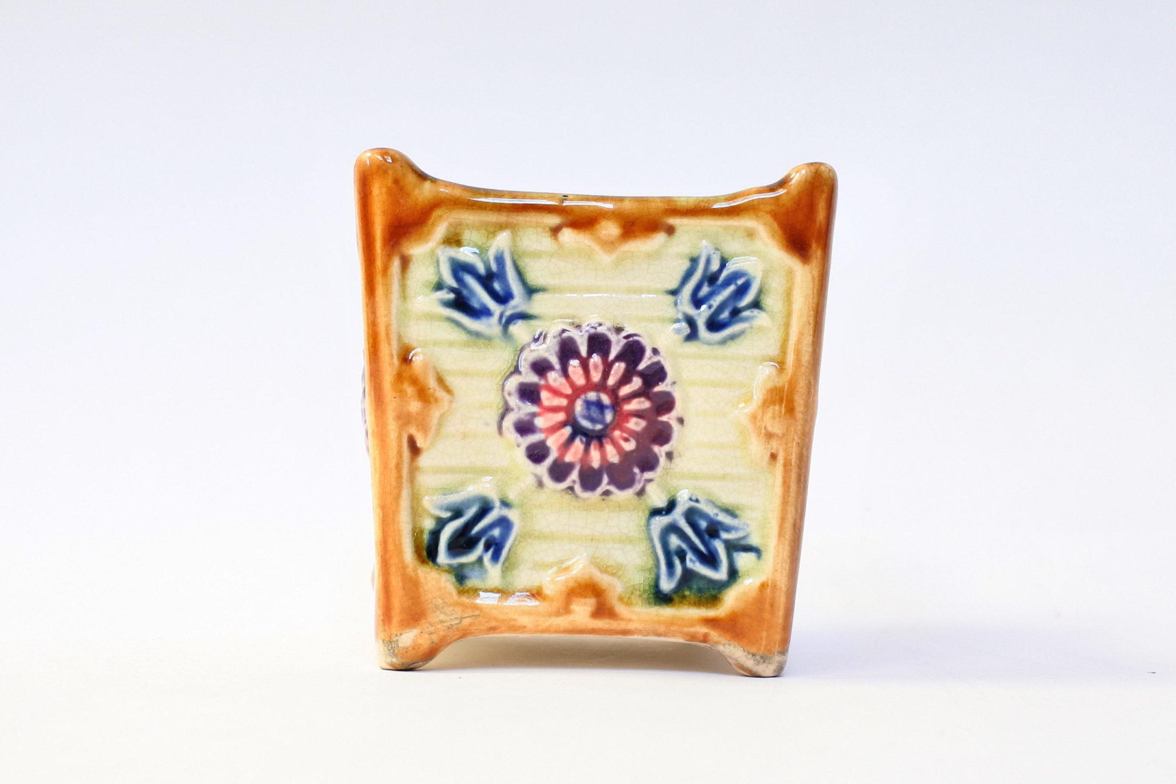 Coppia di piccoli cache pot in ceramica barbotine - 2