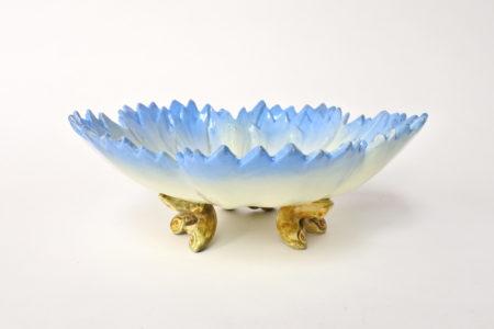 Alzatina Massier in ceramica barbotine a forma di fiordaliso