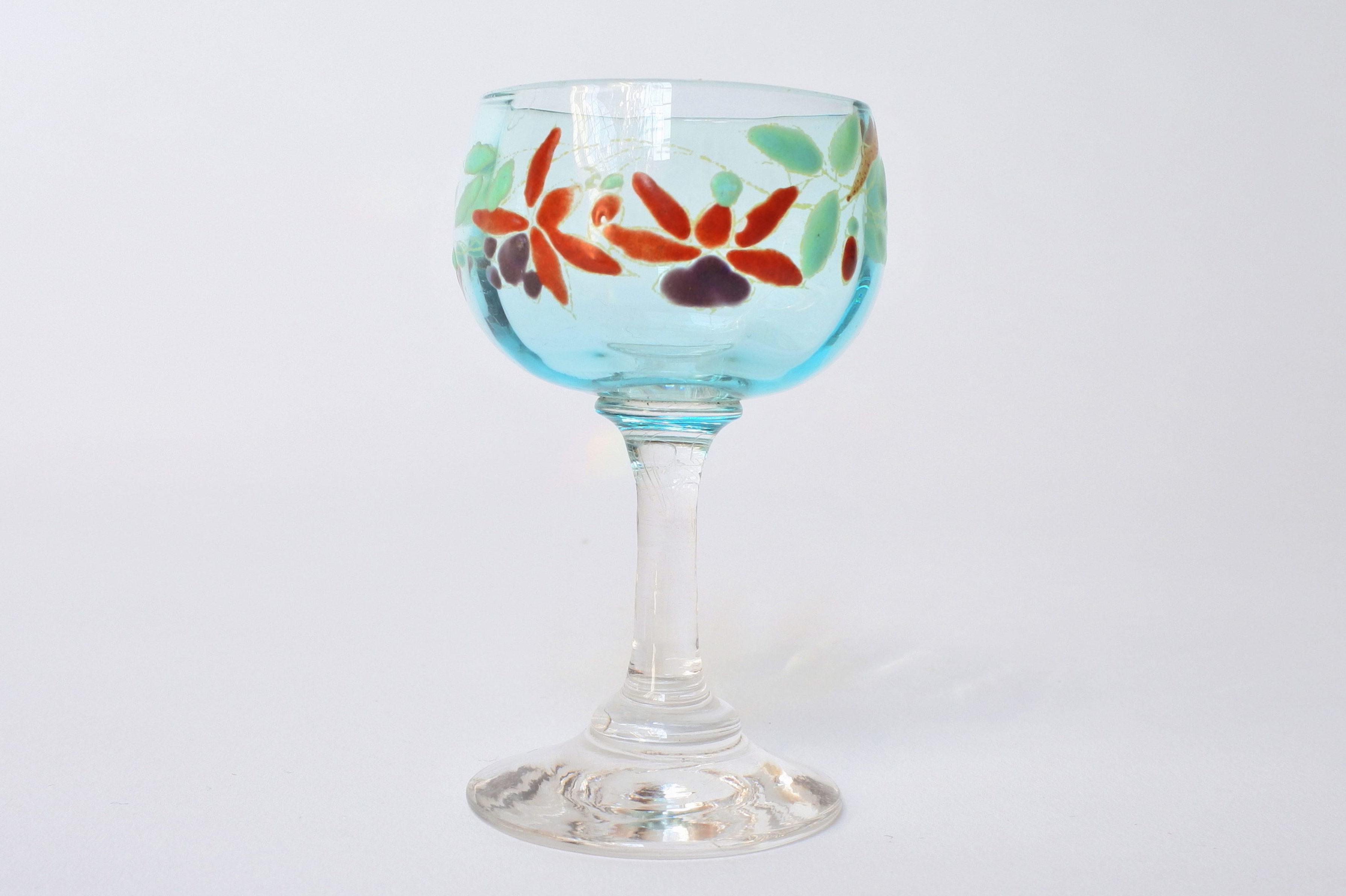 Bicchierino a calice in vetro soffiato con piede bianco e coppetta azzurra