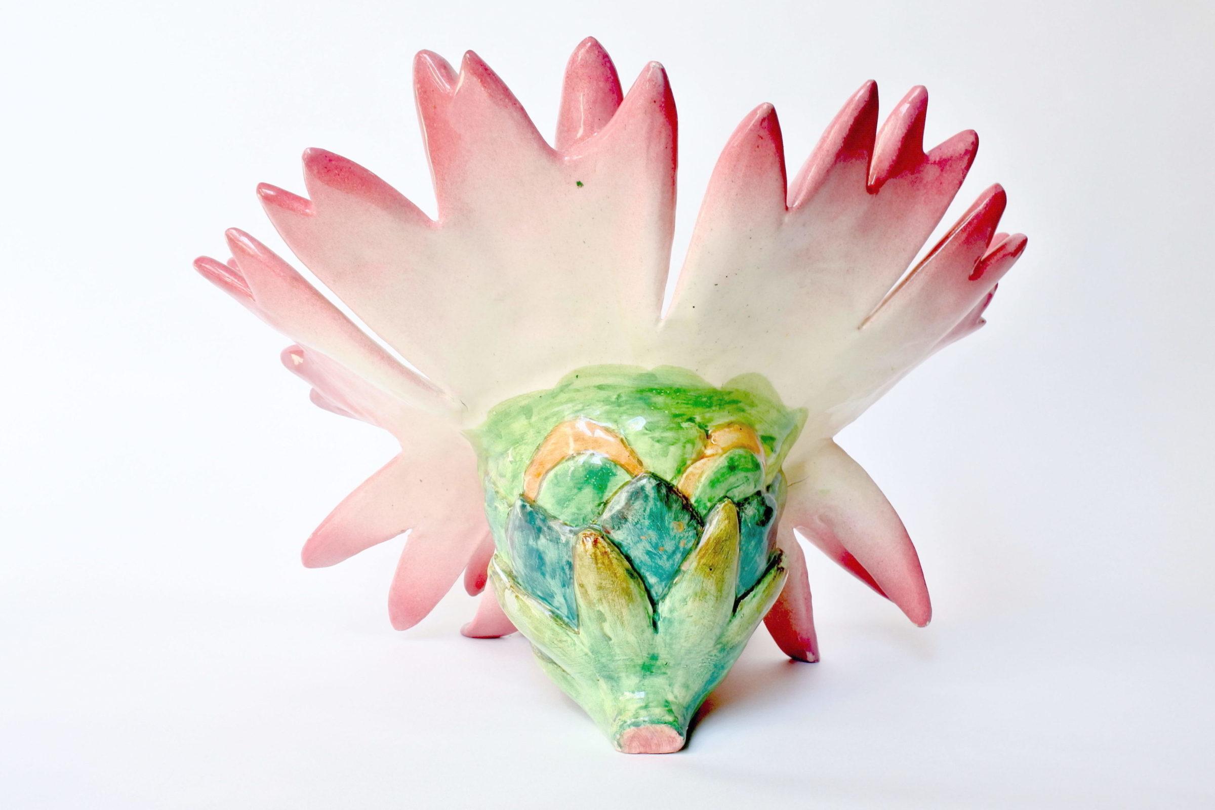 Centro tavola Massier in ceramica barbotine a forma di margherita con farfalla - 4