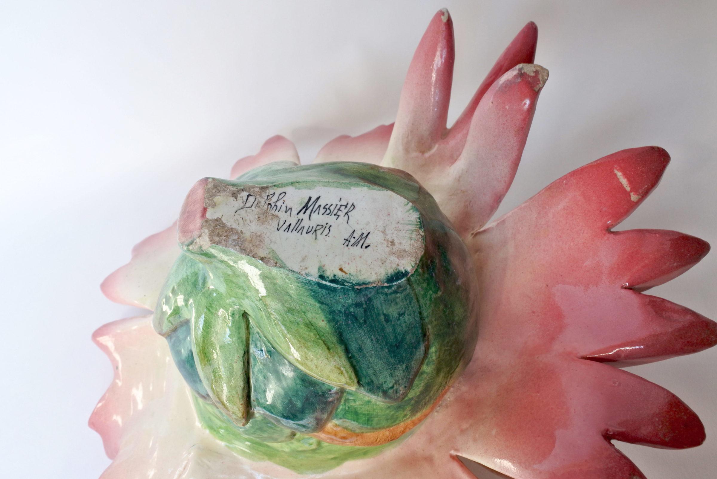 Centro tavola Massier in ceramica barbotine a forma di margherita con farfalla - 6