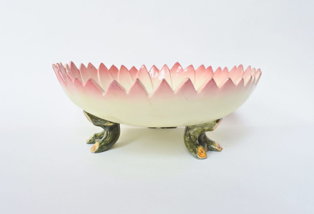Centrotavola Massier in ceramica barbotine a forma di margherita aperta - 2