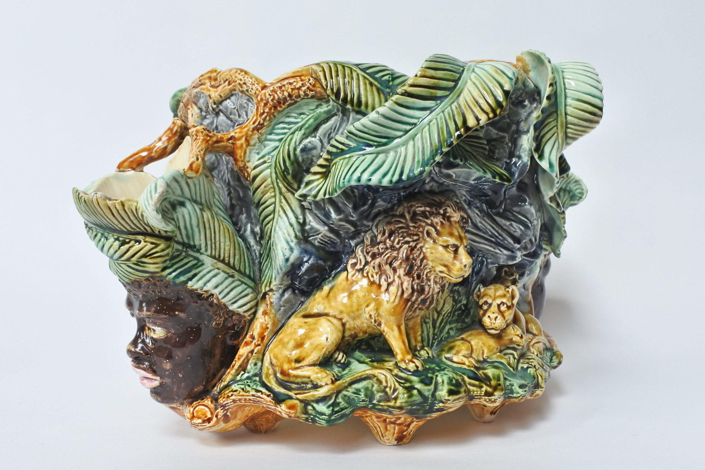 Centrotavola in ceramica barbotine con funzione di jardinière - Onnaing - 2