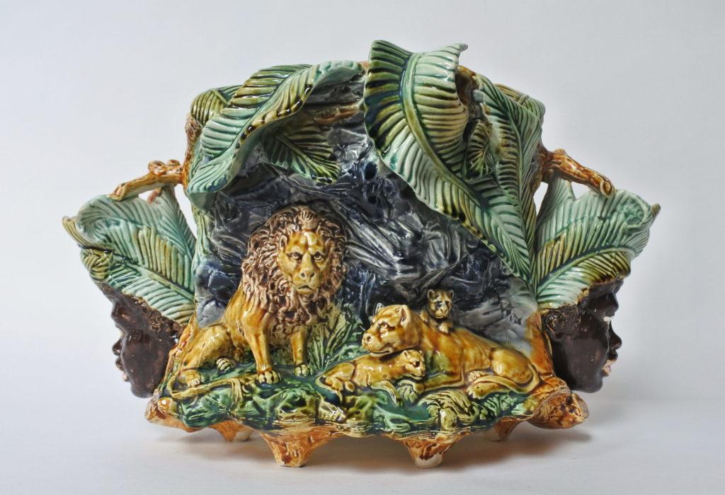 Centrotavola in ceramica barbotine con funzione di jardinière - Onnaing
