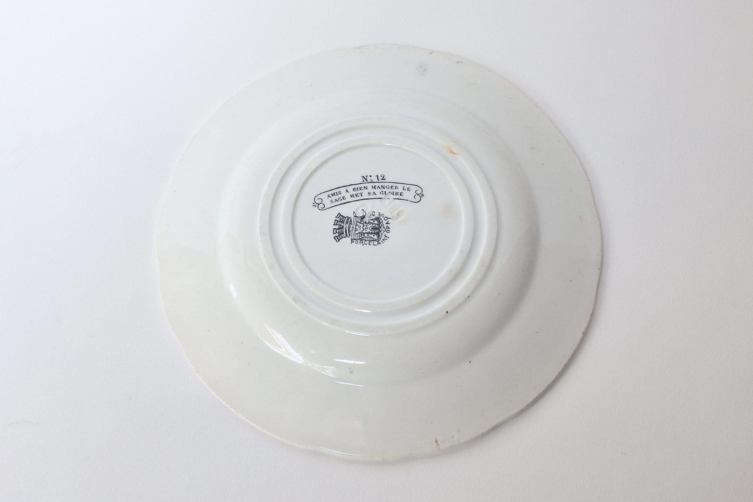 Piatto in ceramica di Gien decorato con rebus - decoro n° 12 - 2
