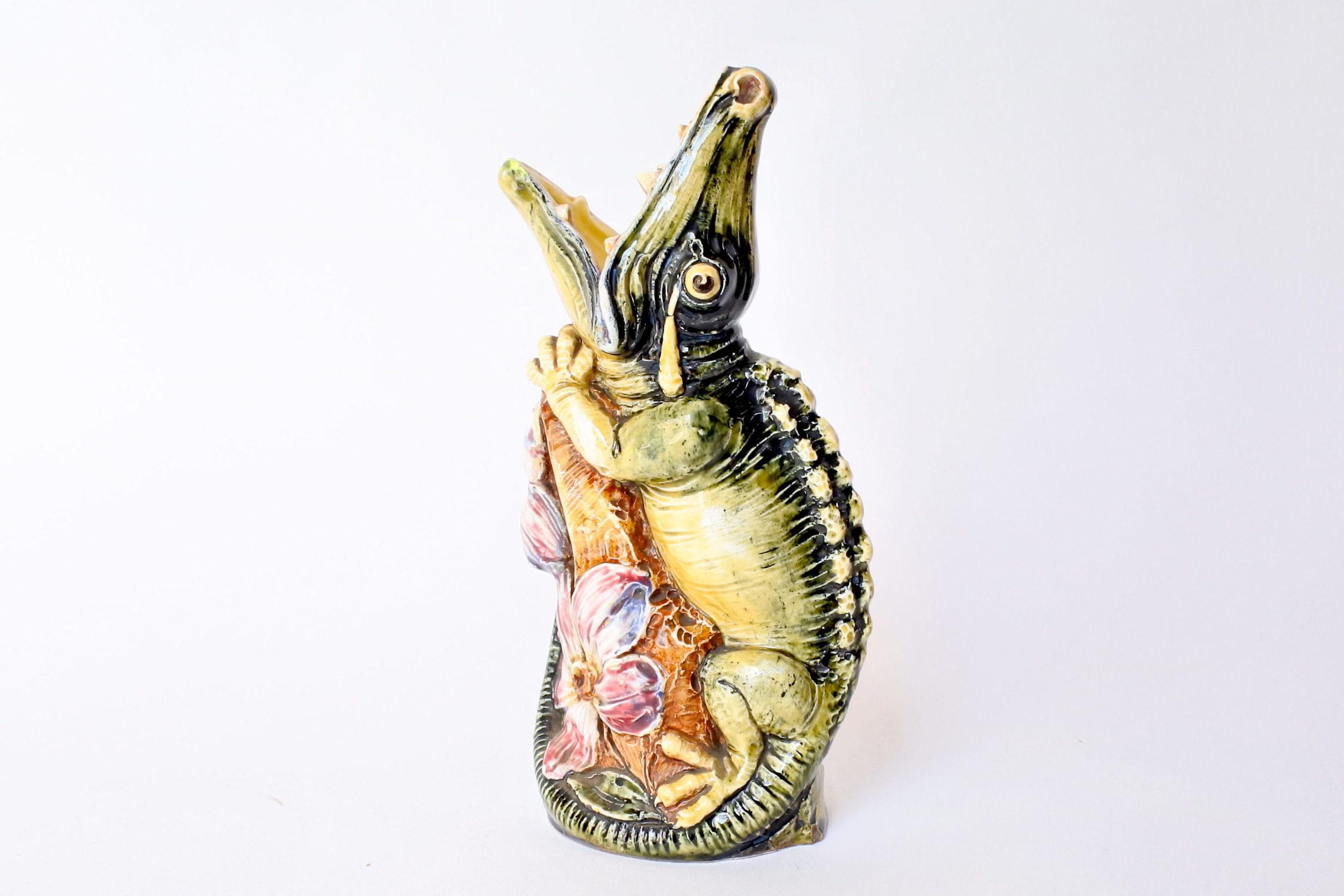 Vaso in ceramica barbotine a forma di coccodrillo - 2