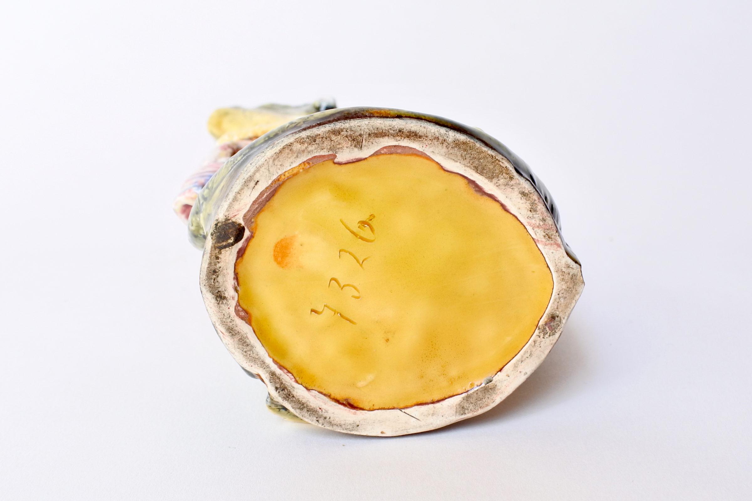Vaso in ceramica barbotine a forma di coccodrillo - 6