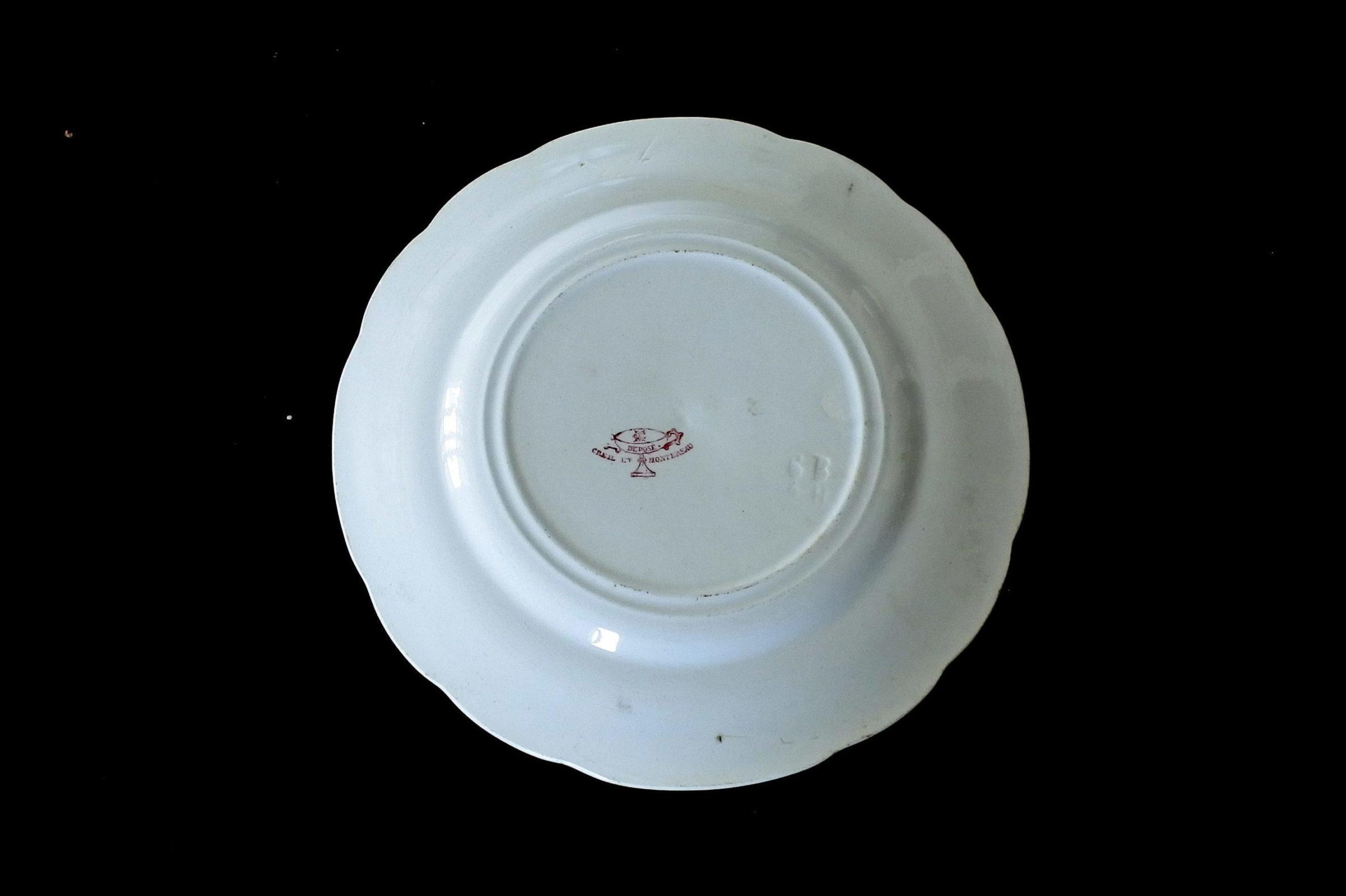 Serie completa di 12 piatti in ceramica dedicati alla vita di Bernadette - 14